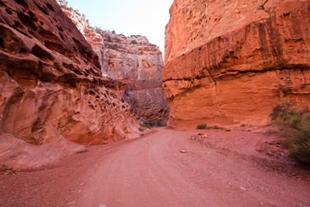 Shows narrowing of canyon