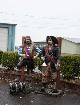 Pirate statues in Garibaldi, OR