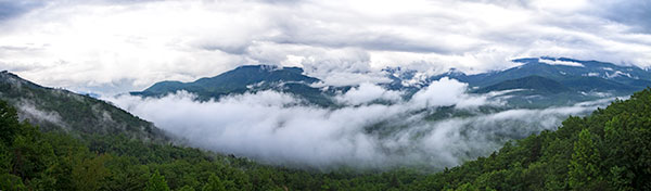 Panorama of Smoky Mountains and low clouds